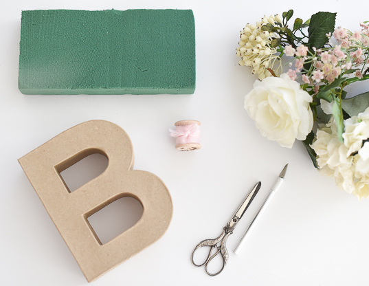 DIY material floral letters for wedding